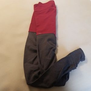 Great condition Alo Goddess leggings